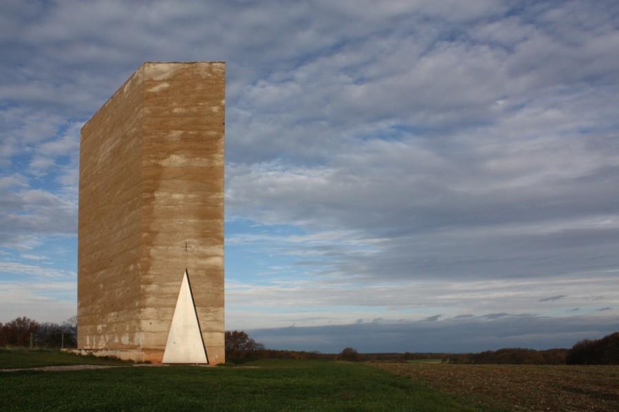 zumthor-field-chapel-panoramic-viewdawn.jpg